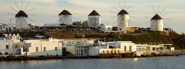 Bild: Die Windmühlen von Mykonos