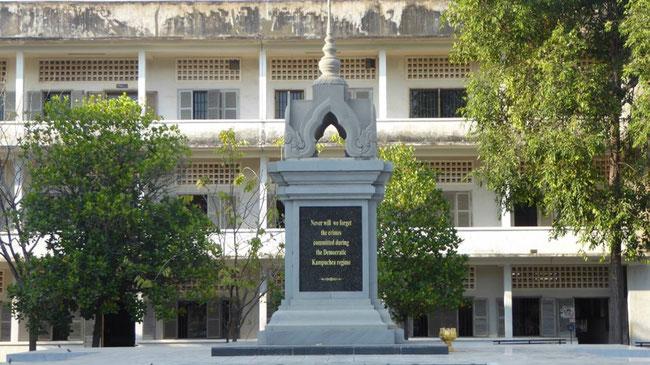 Bild: Denkmal für die vielen Getöteten