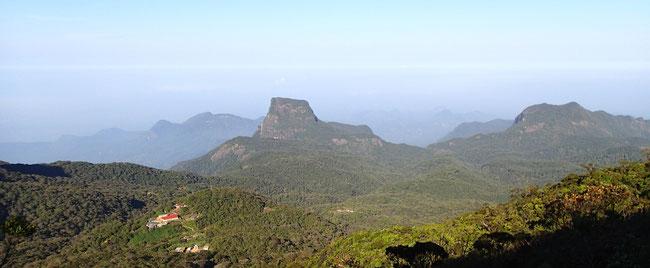 Bild: Foto: Aussicht über das Land vom Adam´s Peak
