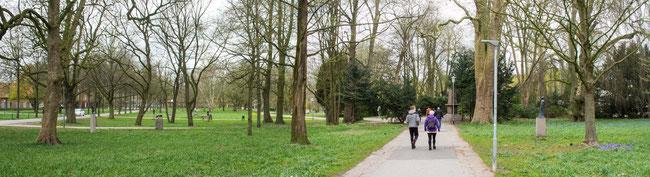 Bild: Hans-Heinemann-Park mit den vielen Skulpturen in Rendsburg