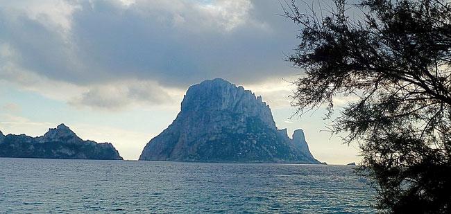 Bild: Cala d´Hort auf Ibiza