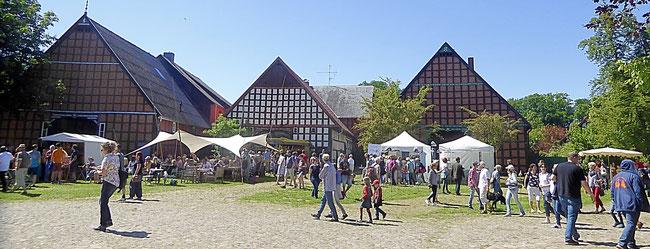 Rundlingsdorf Satemin am Pfingstsonntag zur Kulturellen Landpartie