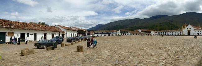 Bild: Panoramafoto von dem Platz in Villa de Leyva