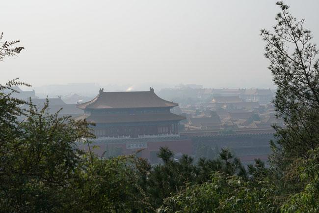 Blick vom Jingshan Park auf die verbotene Stadt