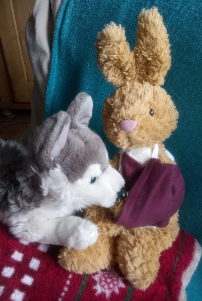 Hanno wird operiert. Seine Freundin Layka steht ihm treu zur Seite.