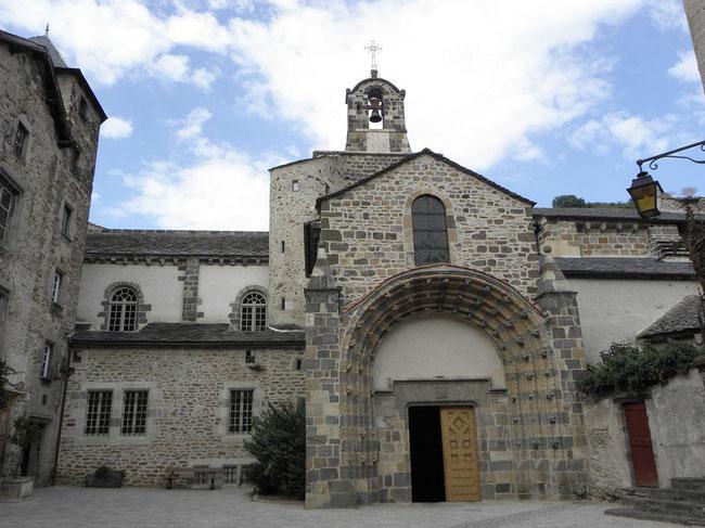 La halle de Lempdes-sur-Alagnon
