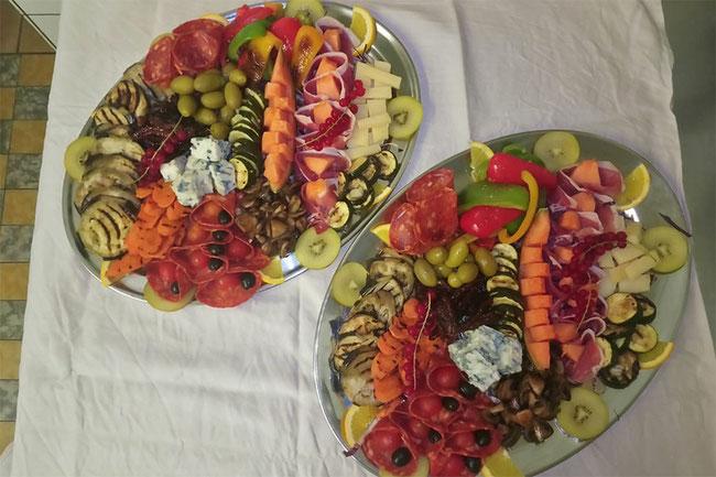 italienische Salate und Vorspeisen. Alles auch als Take-Away / zum Mitnehmen.