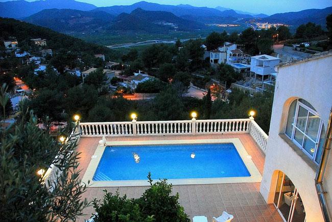 Blick von der Villa Gandia Hills mit der Ferienwohnung Valencia über Monterrey und die Berge von Gandia, Valencia, Spanien, Bild: Birgitta Kuhlmey