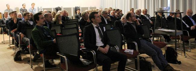 Blick auf das Auditorium des von den Schiffbaustudenten  an der Technischen Universität   am 29.1.2016 veranstalteten  6. Berliner Symposiums (Foto Dr. Hochhaus). .