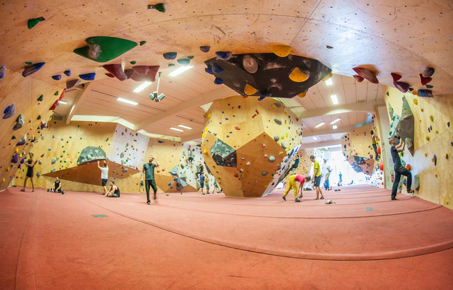 Boulderklub Kreuzberg by Tony Günther