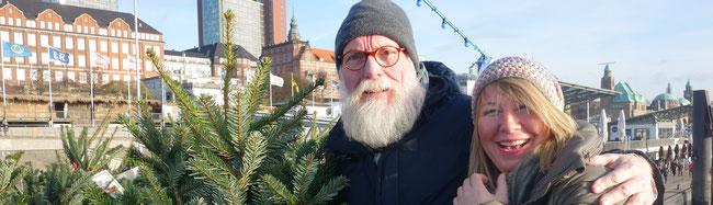 Ein ganz lieber Gast auf der Nordmann Classic Hafenaktion ist Floristmeisterin Imke Riedebusch mit John