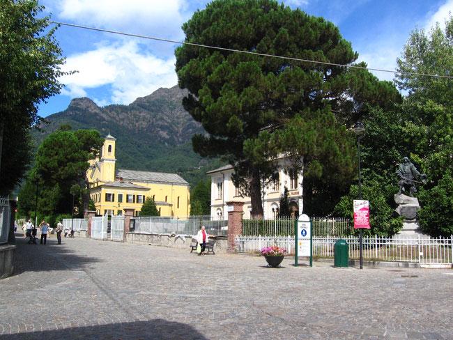 Torre Pellice. Casa Valdese e Chiesa Valdese