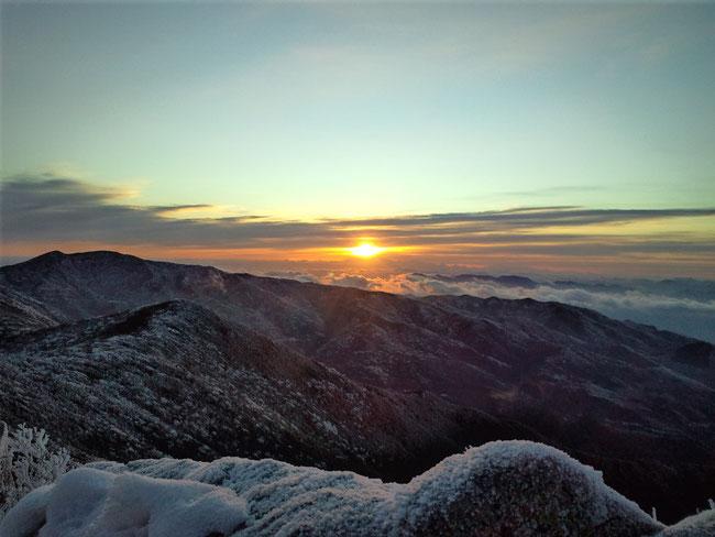2012年1月1日 金峰山 2599m 山梨県・長野県 山頂より