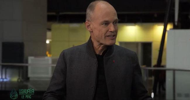 Le psychiatre-aéronaute - Bertrand Piccard     https://www.youtube.com/watch?v=xfRQr7Bw3a4&ab_channel=Ushua%C3%AFaTV