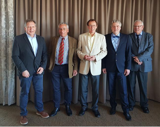 v. l. n. r. Thomas Morgenroth, Dr. Frank Oehne, Schultheiß Jürgen Schubel, Stellvertretender Schultheiß Jens Heins, Hein-Petr Prieß