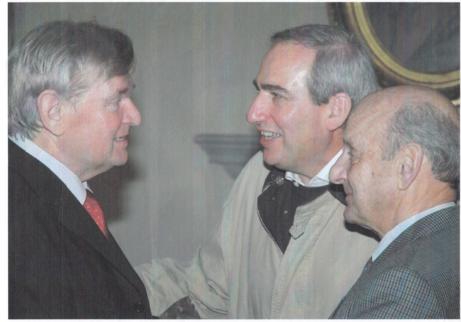 Sie scheinen sich bestens zu verstehen: langjähriger GBG-Präsident Brigadier Robert Küng, rechts, aktueller Präsident Martin Laupper und alt Gemeindepräsident Fridolin Hauser, langjähriger Vizepräsident.