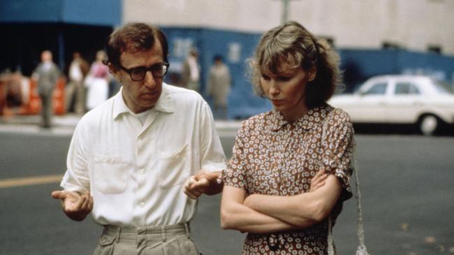 Woody Allen & Mia Farrow in Hannah & Her Sisters