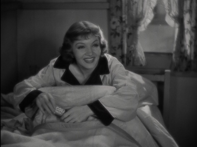 Claudette Colbert in It Happened One Night