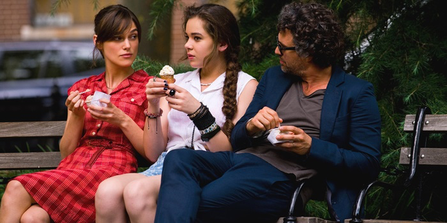 Keira Knightley, Hailee Steinfeld & Mark Ruffalo in Begin Again