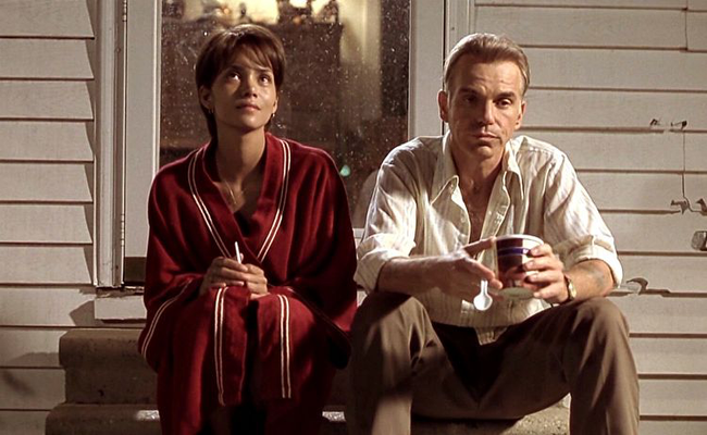 Halle Berry & Billy Bob Thornton in Monsters Ball