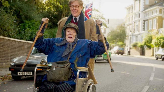 Maggie Smith & Alex Jennings in The Lady in the Van