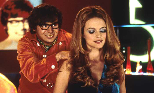Mike Myers & Heather Graham in Austin Powers: The Spy Who Shagged Me