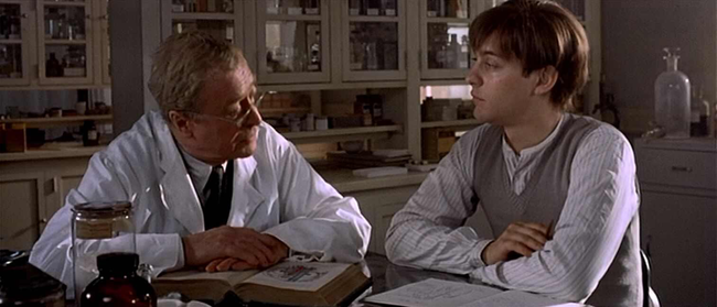 Michael Caine & Tobey Maguire in The Cider House Rules