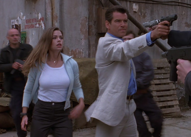 Denise Richards & Pierce Brosnan in The World is Not Enough
