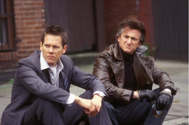 Kevin Bacon & Sean Penn in Mystic River