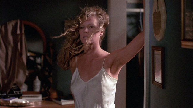 Kim Basinger in My Stepmother is an Alien