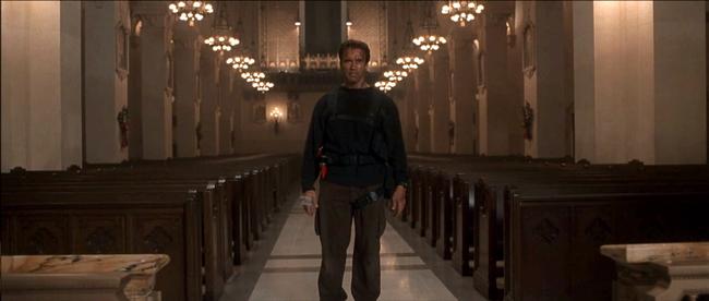 Arnold Schwarzenegger in End of Days