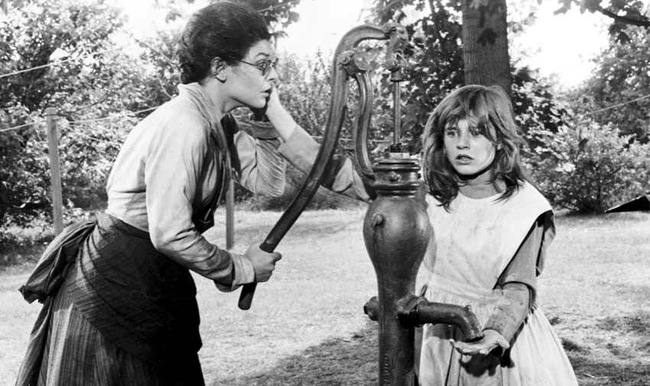 Anne Bancroft & Patty Duke in The Miracle Worker