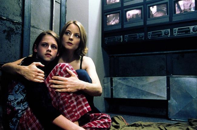 Kristen Stewart & Jodie Foster in Panic Room