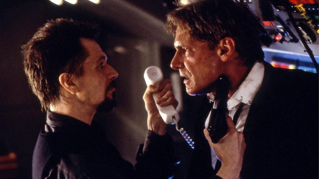 Gary Oldman & Harrison Ford in Air Force One