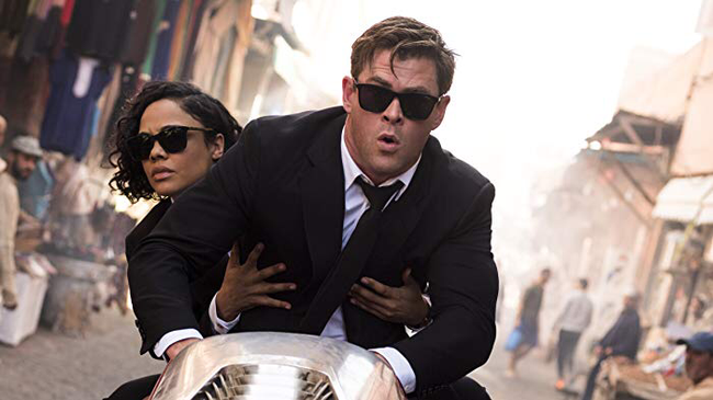 Tessa Thompson & Chris Hemsworth in Men In Black: International