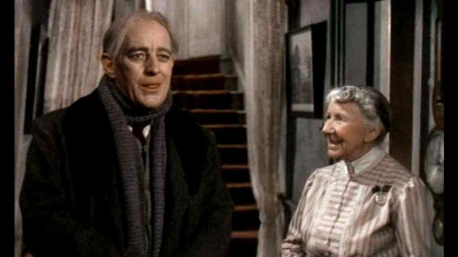 Alec Guinness & Katie Johnson in The Ladykillers