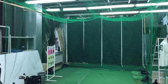 店内には常設の練習スペースもございます。