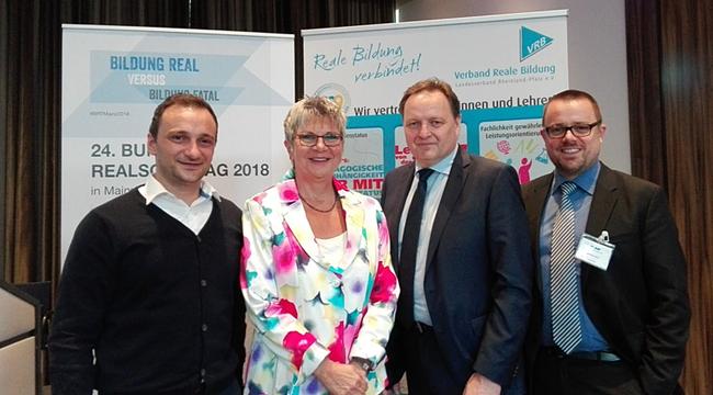 v. l. n. r. :   Bengjamin Bajruktari (VRB), MdL Helga Lerch, Jürgen Böhm (Bundesvorsitzender VDR)  u. Michael Eich (VRB)