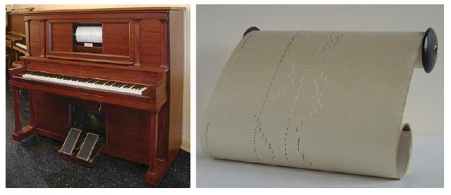 pianola oraz zwój z dziurkowanym zapisem melodii