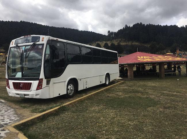 Renta de transporte de turismo, Alquiler de camiones de turismo, excursiones, paseos familiares, Transporte de turismo económicos, Transportes turísticos seguros, Transporte de turismo puntual y seguro, Transporte de turismo en camiones y camionetas