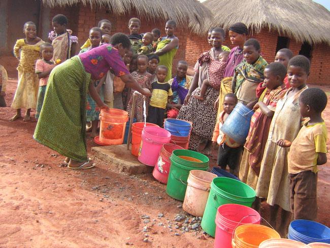 Der neue Brunnen in Kumbara