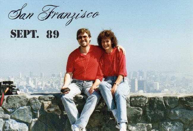 Skyline von  San Franzisco neben Golden Gate Bridge 09.89 Chorreise LKE