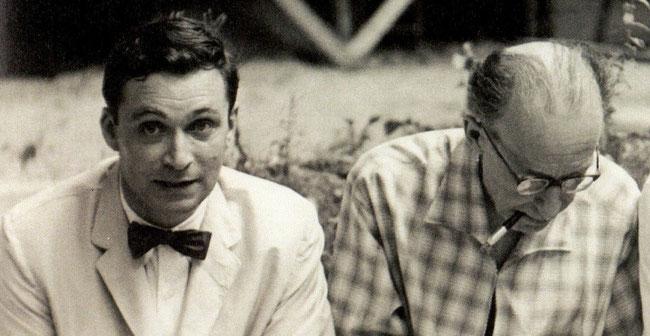 1956. CINQUANTENAIRE DE LA MORT DE CEZANNE.  à g. John REWALD et son ami Léo MARCHUTZ
