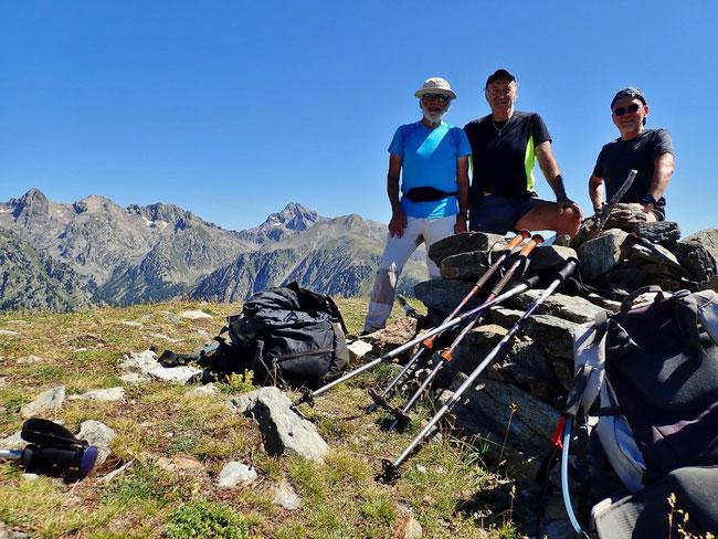 Cime de Piagu (2338 m) sur fond de Gélas ...