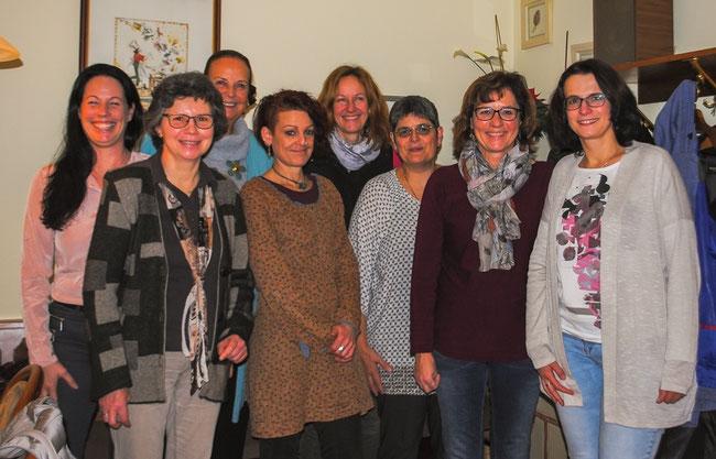 Foto von links:, Melanie Tritschler, Sibylle Strobel, Rosely Schweizer, Sandra Greiner, Susanne Scharfenberg, Sonja Jokschas, Martina Wallau, Heike Schmid.