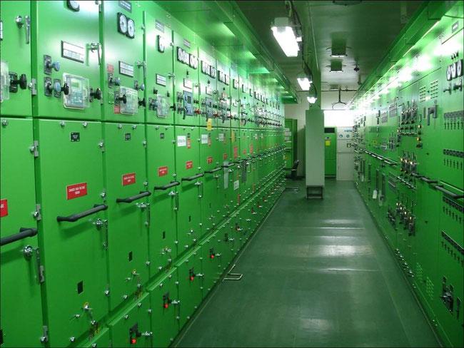 Bild 5: Schaltraum für Hochspannung (Foto: Prof. Ackermann)
