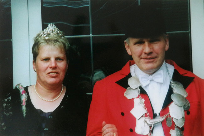 2002: Königspaar Ede und Gudrun Kolender (geb. Gartlage)