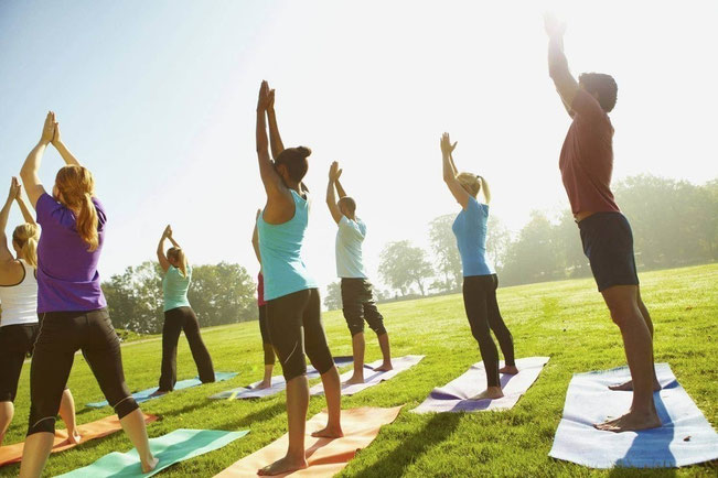 Cours de Yoga en extérieur par Murielle LEROY