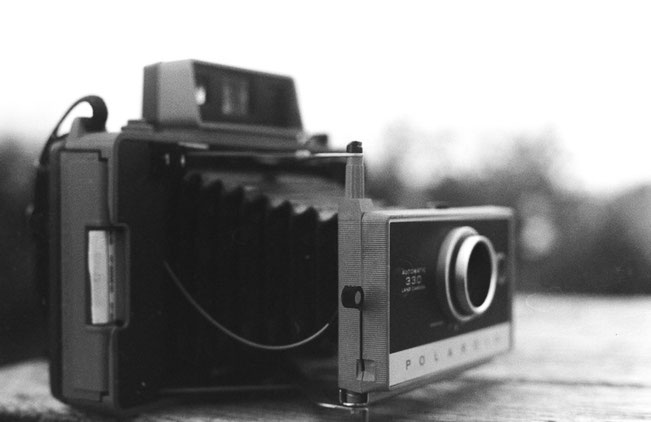 Polaroid Land 330