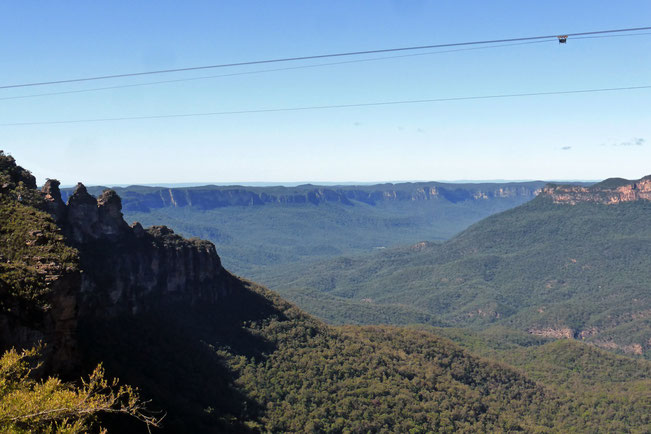 The Three Sisters and Jamison Valley, with cables